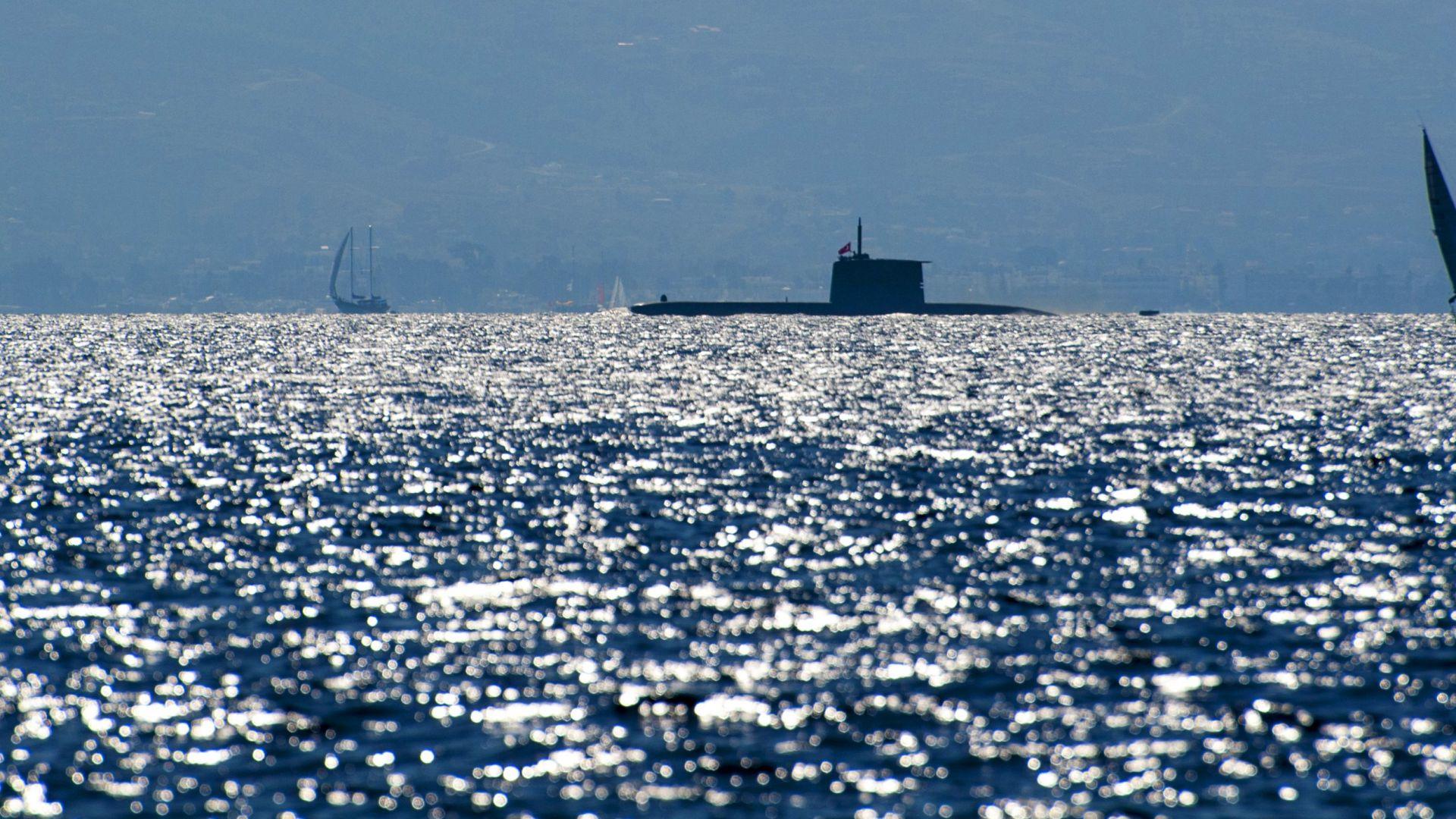 В предвоенна обстановка: Турска подводница навлезе в гръцки води