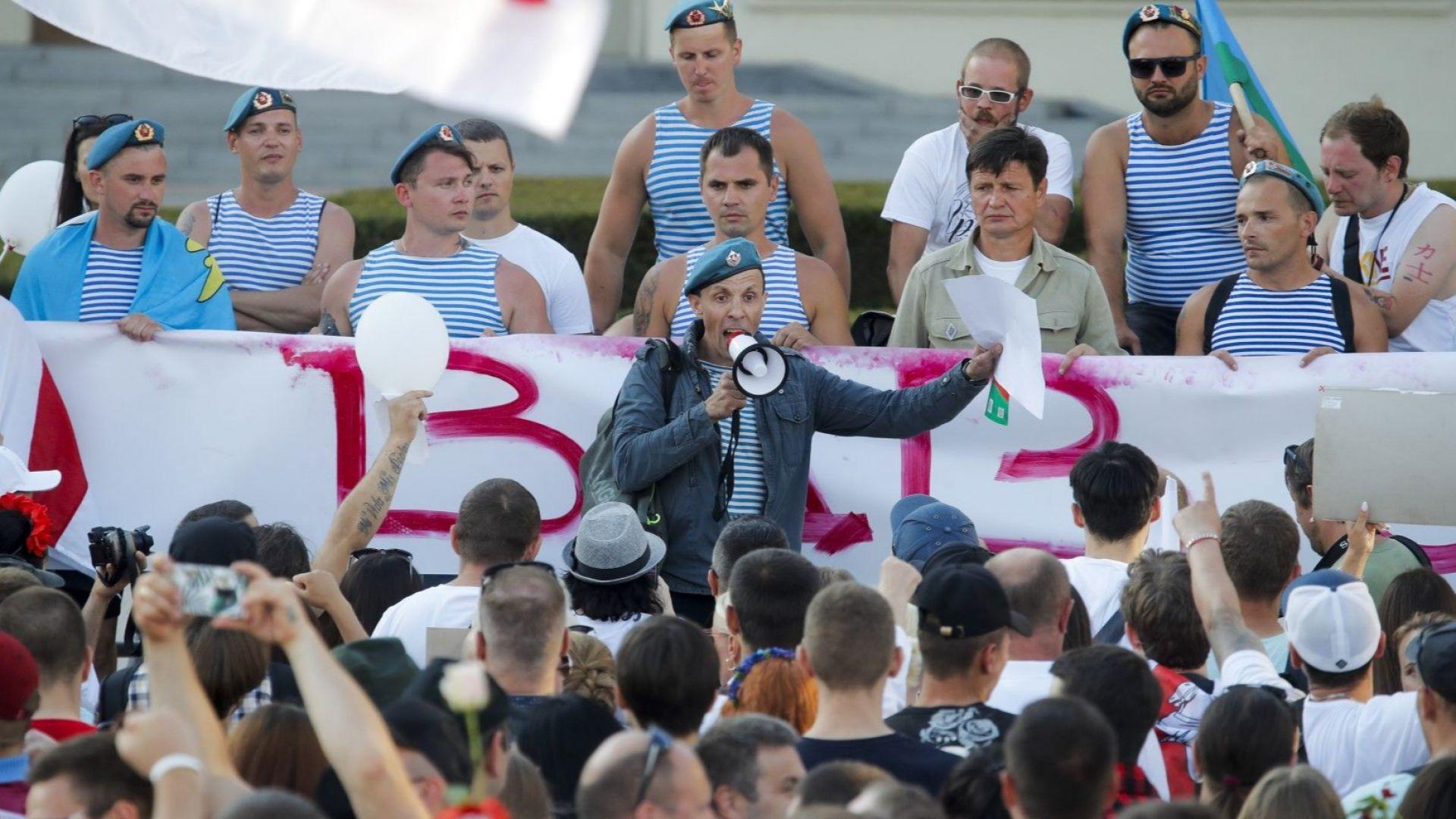 НАТО отхвърли твърденията на Лукашенко, че струпва сили по беларуската граница