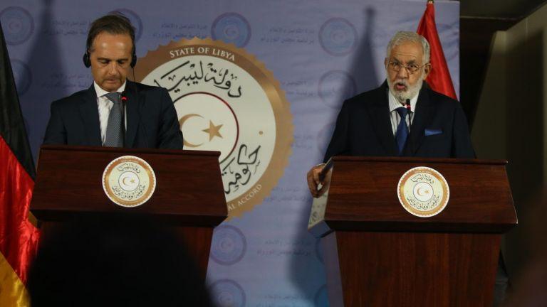 Германия заплаши със санкции държавите, които нарушават оръжейното ембарго върху Либия