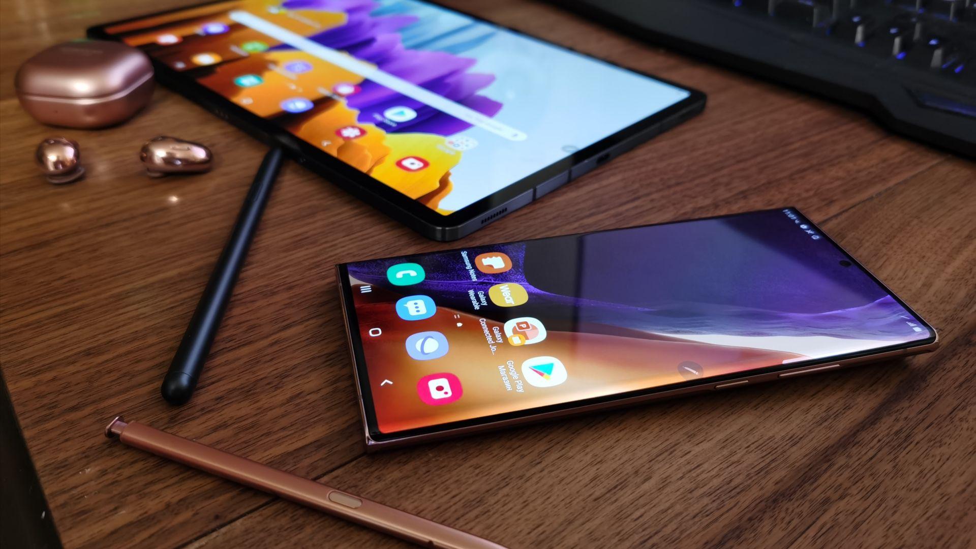 Samsung представя новия модел смартфон Galaxy в средата на януари