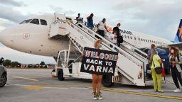 Авиокомпаниите призовават: Тестове за всички пътници, за да няма национални карантини