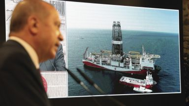 Ердоган: 405 млрд. куб.м газ има в находището в Черно море