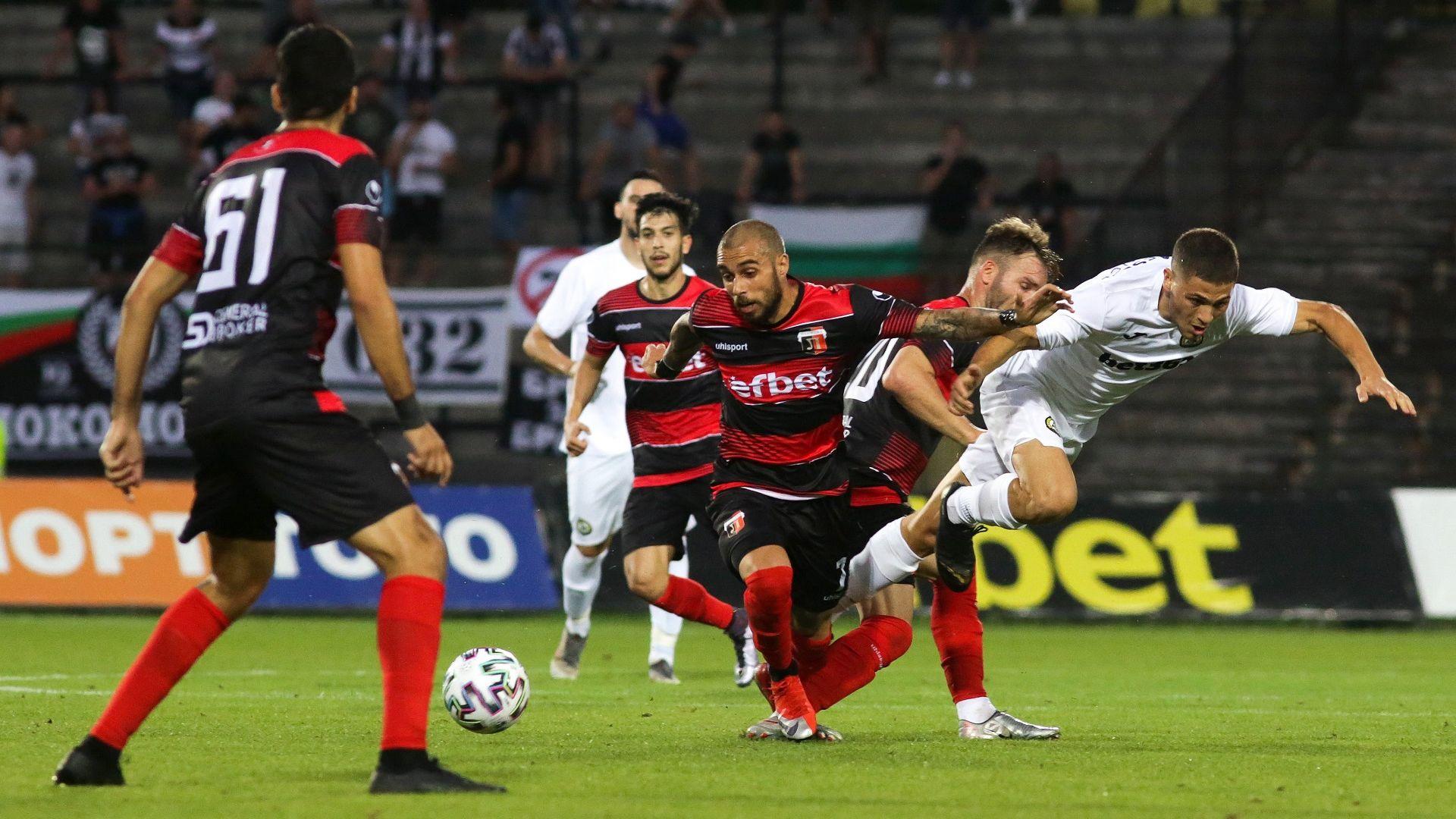Локомотив надви Славия в репетицията на двата тима преди Европа