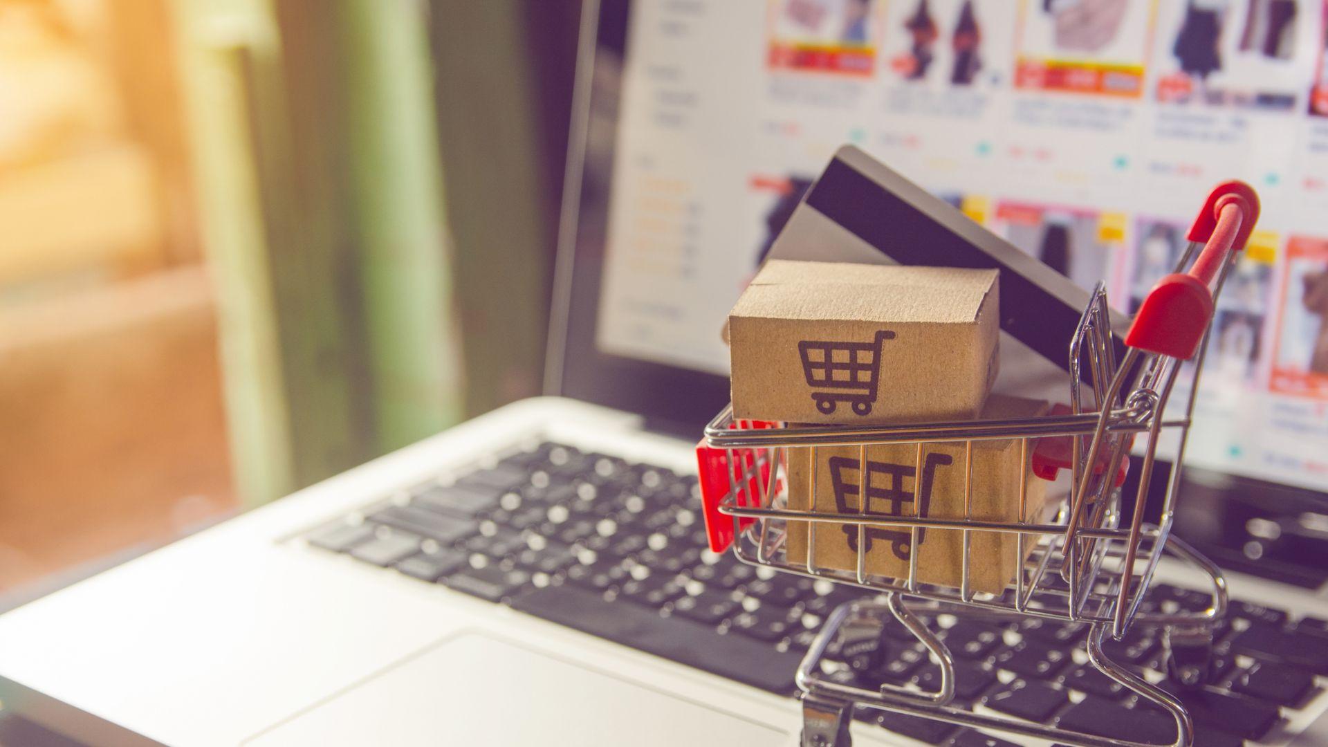 Онлайн търговията продължава да отчита устойчив растеж