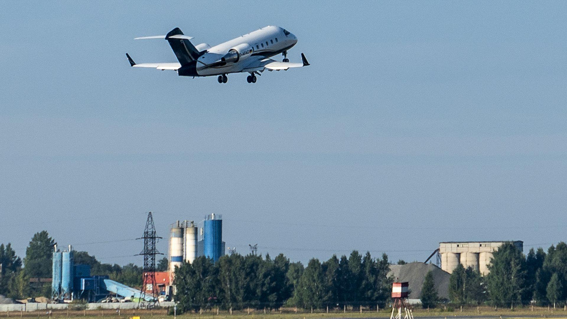 Русия възобновява полетите до много страни, сред които и България