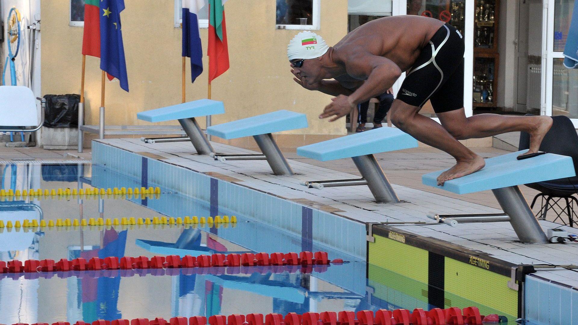 Цанко Цанков се хвърли във водите към световния си рекорд
