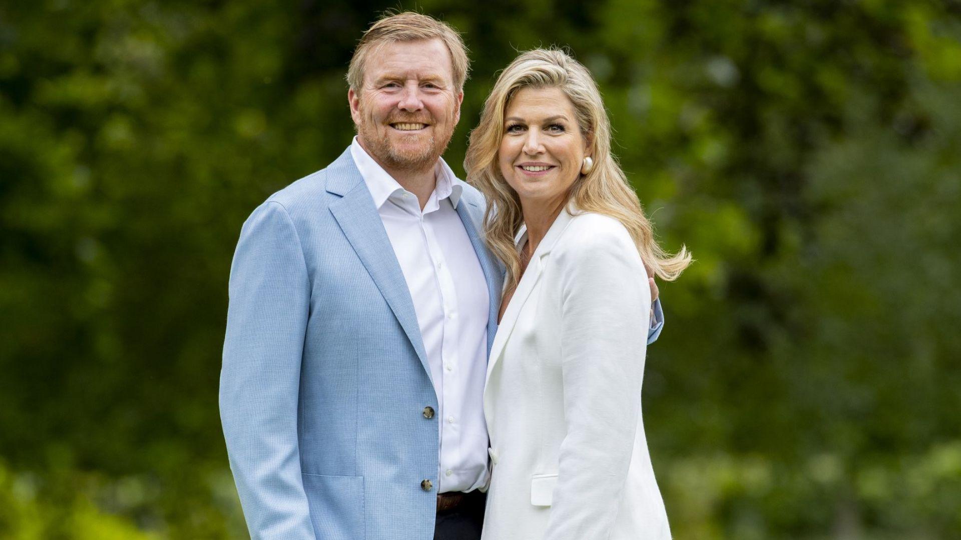 Кралят и кралицата на Нидерландия се извиниха за пренебрегване на социалната дистанция по време на ваканция в Гърция