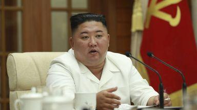 Северна Корея затегна достъпа до морето, за да спре COVID-19