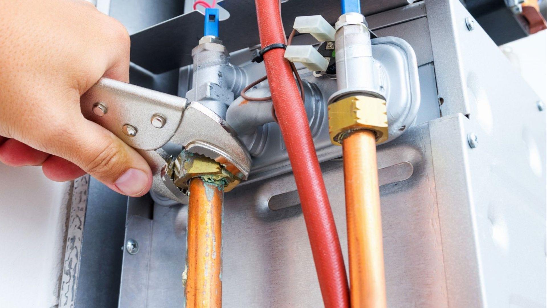 """""""Булгаргаз"""" ЕАД предлага с 15,21% по-висока цена на газа за септември"""