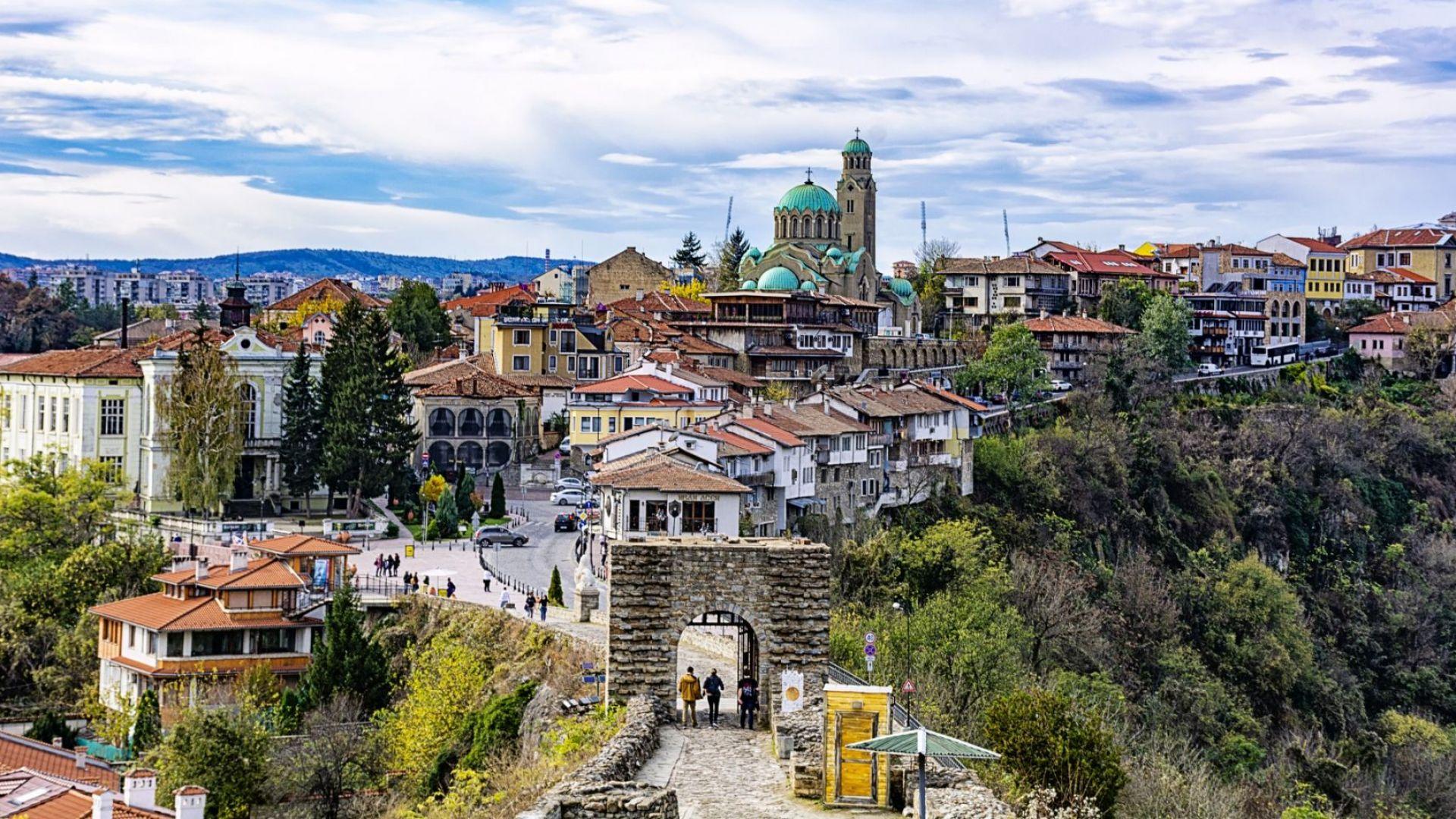 Всяка трета къща в старата част на Велико Търново е пред срутване