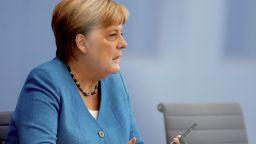 Меркел ще се срещне с беларуската опозиционерка Тихановска