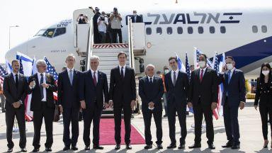 Първи пряк търговски полет между Израел и Обединените арабски емирства (снимки)