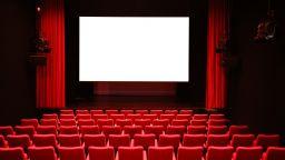 Допълнителен бюджет от 165 млн. евро за спасяване на френското кино от кризата