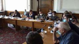 Правната комисия подкрепи промените на ГЕРБ за машинното гласуване