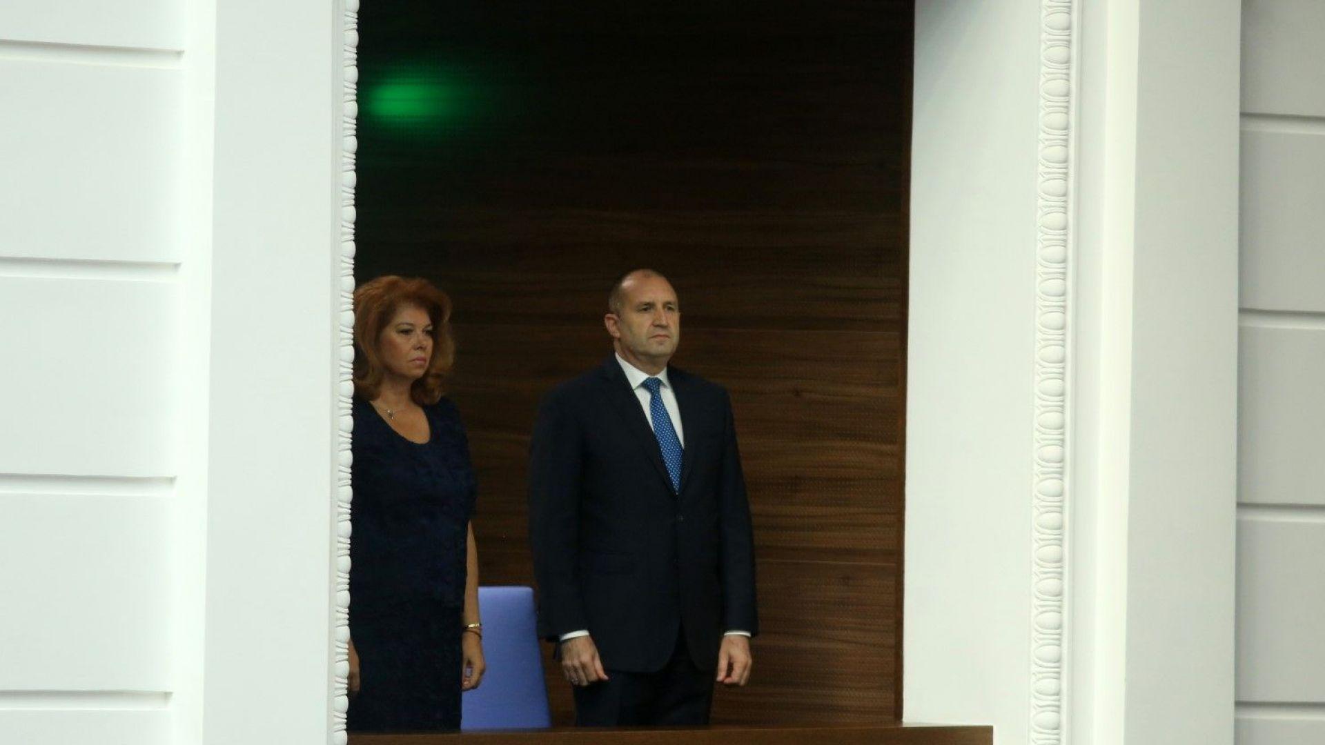 Илияна Йотова: Конфликтът президент-премиер има нова опорна точка - разделение с БСП