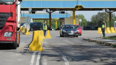 """Нов терминал на """"Дунав мост"""" от румънска страна улеснява трафика"""