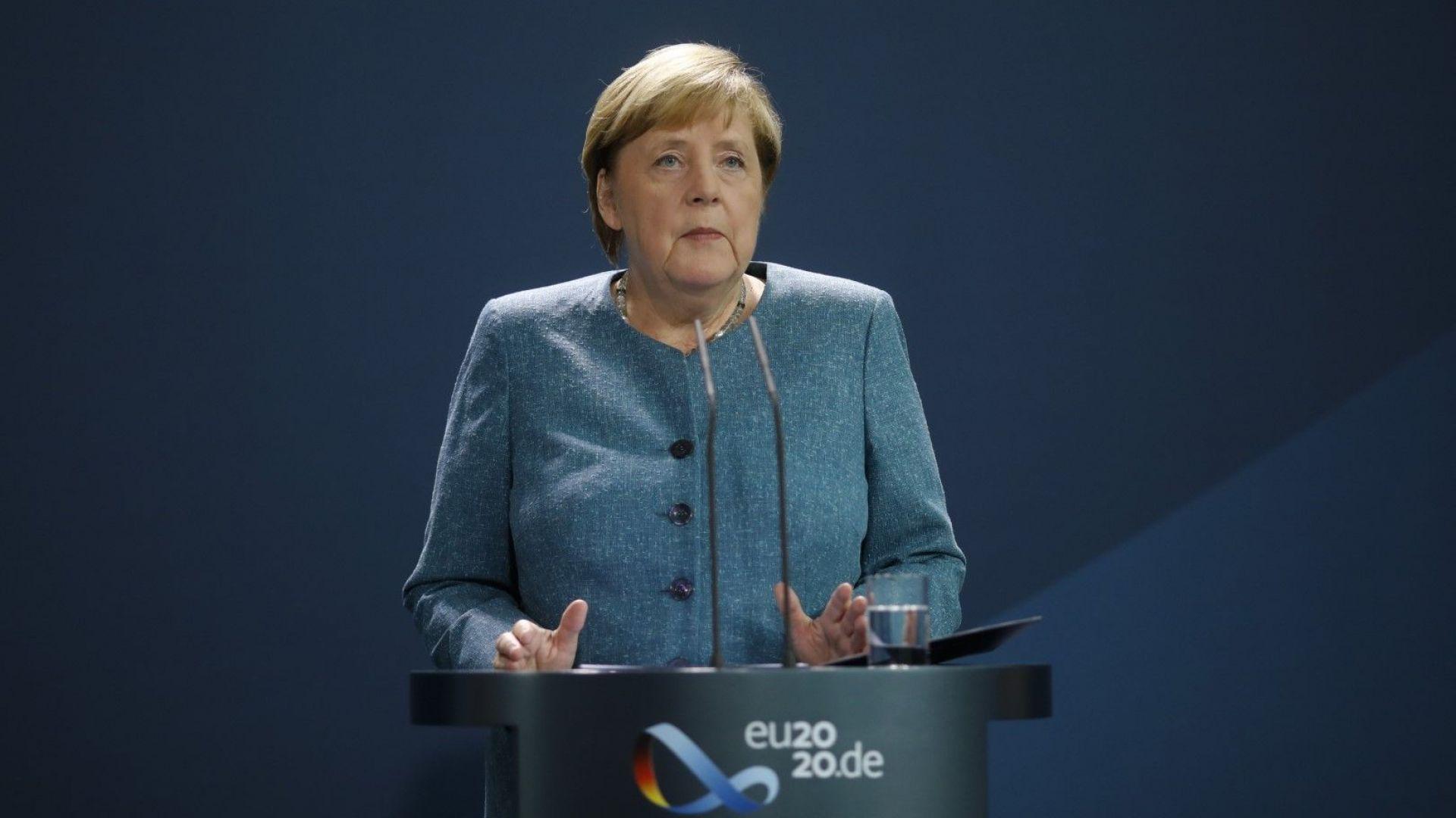 Дипломатическото наследство на Меркел разделя потенциалните й приемници