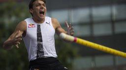 20-годишният Дуплантис счупи легендарния рекорд на Сергей Бубка (видео)