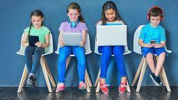 Коя е най-подходящата IT техника за ученика - лаптоп, таблет или компютър?