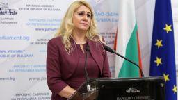 Ахладова: Има законопроект независим прокурор да може да разследва главния
