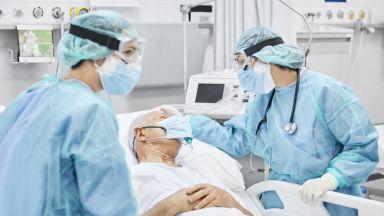 Пловдивски лекари излекуваха от COVID 91-годишен с много заболявания