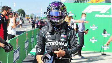 "Хамилтън счупи пореден рекорд, а ""Ферари"" удари 36-годишно дъно у дома"