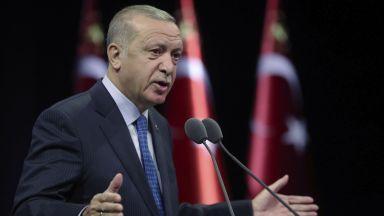 Турция изтегли проучвателния си кораб, дава възможност за дипломация с Гърция