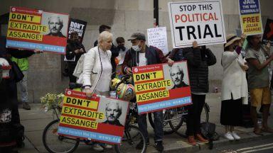 Британски съд възобнови делото за екстрадиция на Джулиан Асандж в САЩ