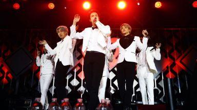 BTS втора седмица на върха на Billboard