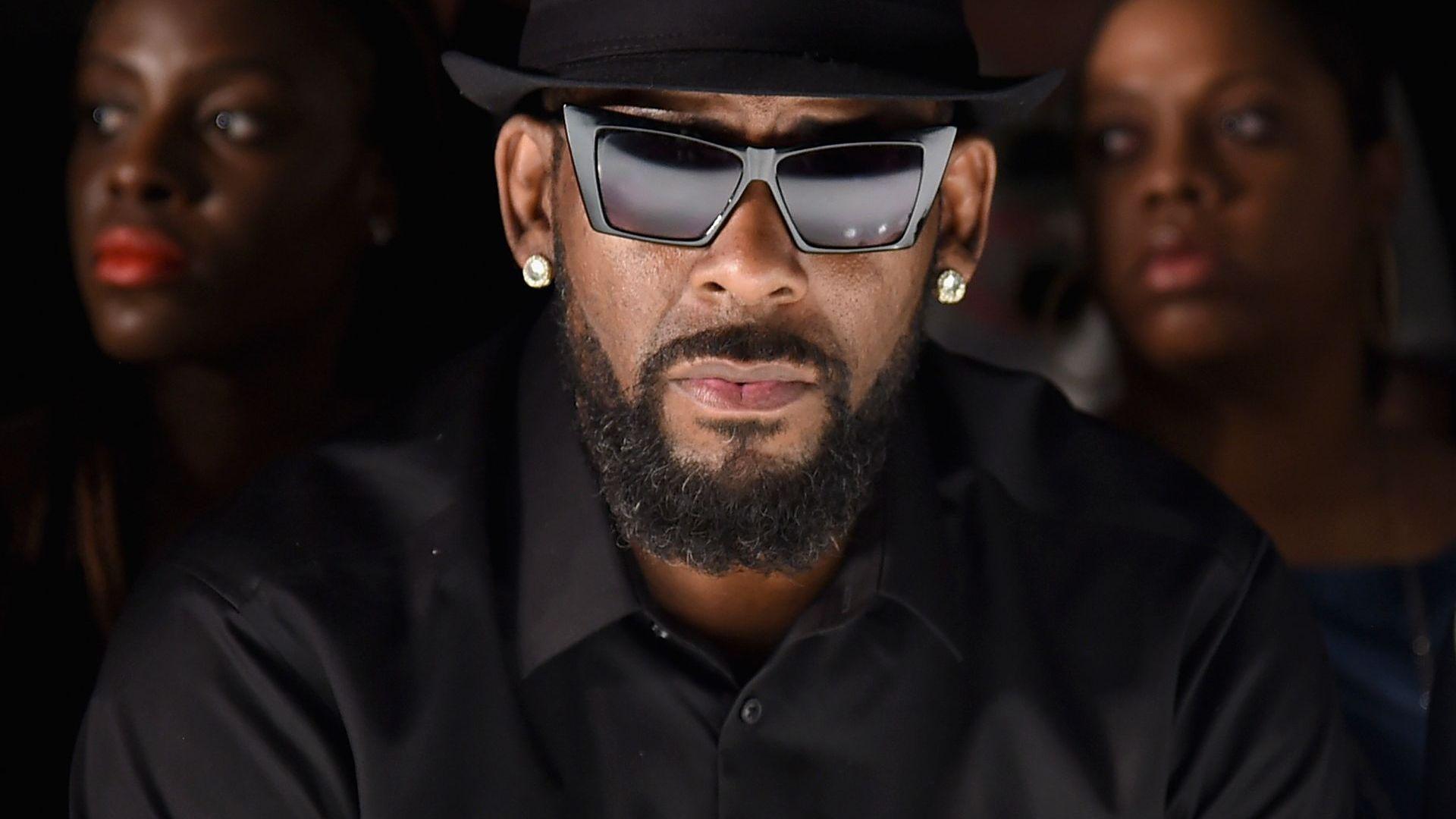 Апелативен съд остави зад решетките певеца R. Kelly
