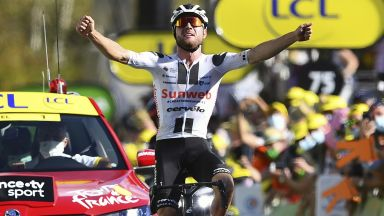 """Убедителна дебютна победа в 12-ия етап на """"Тур дьо Франс"""""""
