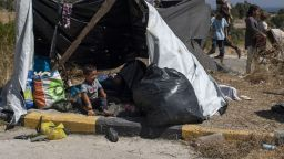 """Предложихме на Гърция да приемем 20 деца от изгорелия лагер """"Мория"""""""