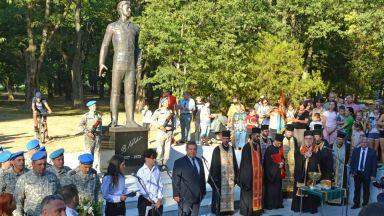 Русе най-после има паметник на Васил Левски