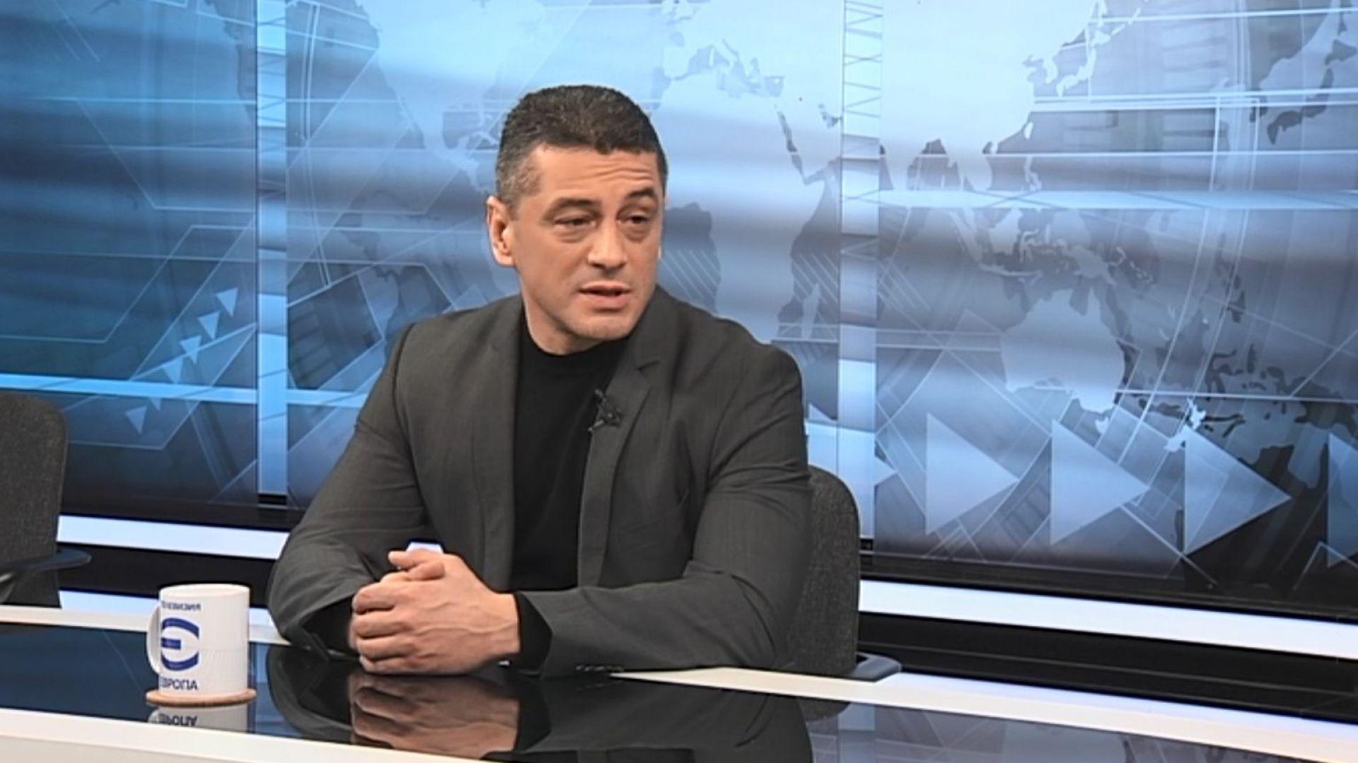 Янков: Ако Нинова остане председател, скандалите ще продължат - тя е удобна на Борисов