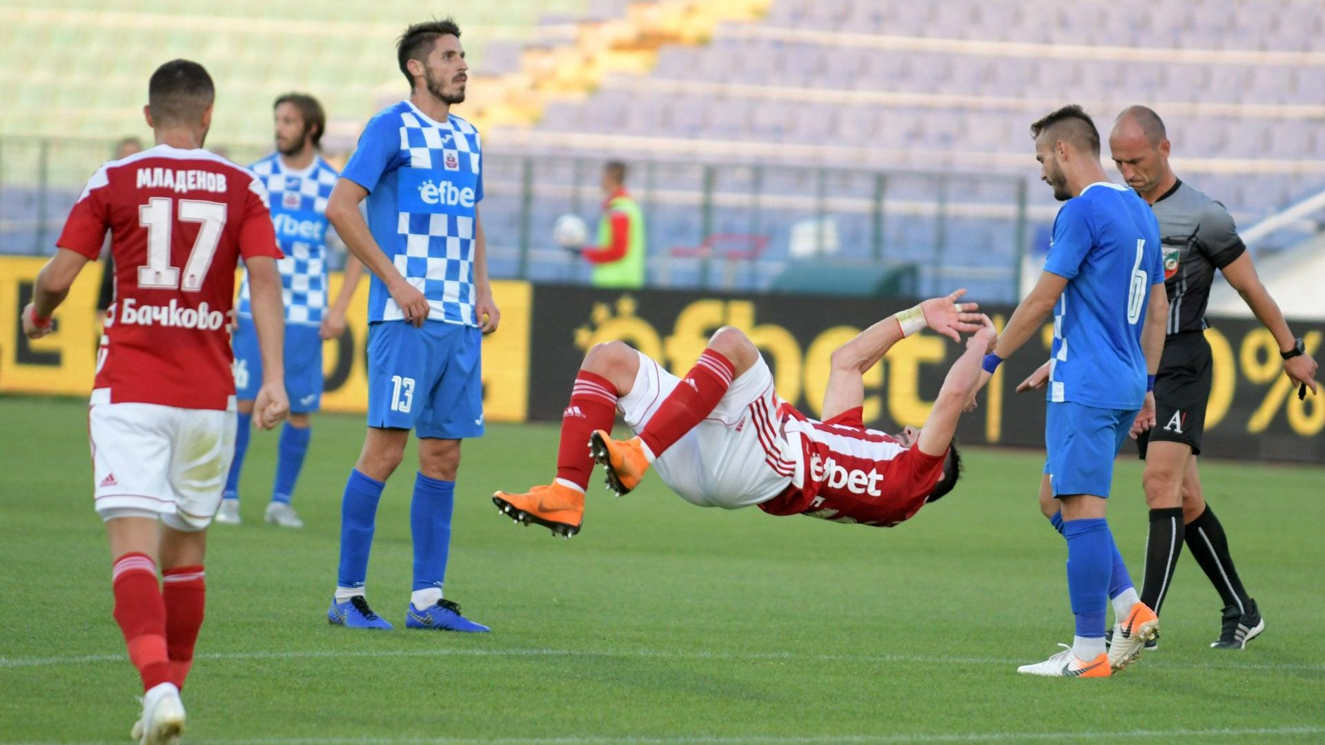 Национал реши сблъсъка на новаците в елита с два гола