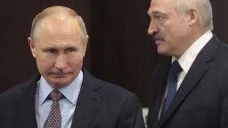 """""""Сянката на десантчика"""" от Русия над Беларус"""