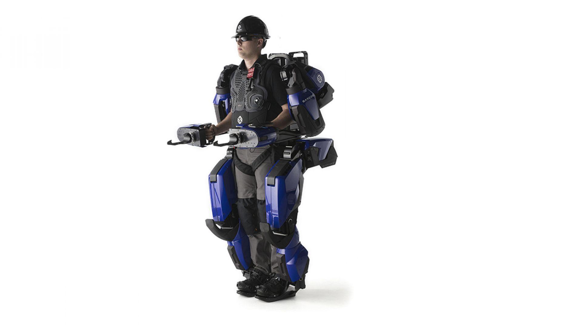 Задава се комерсиален екзоскелет с висока мобилност