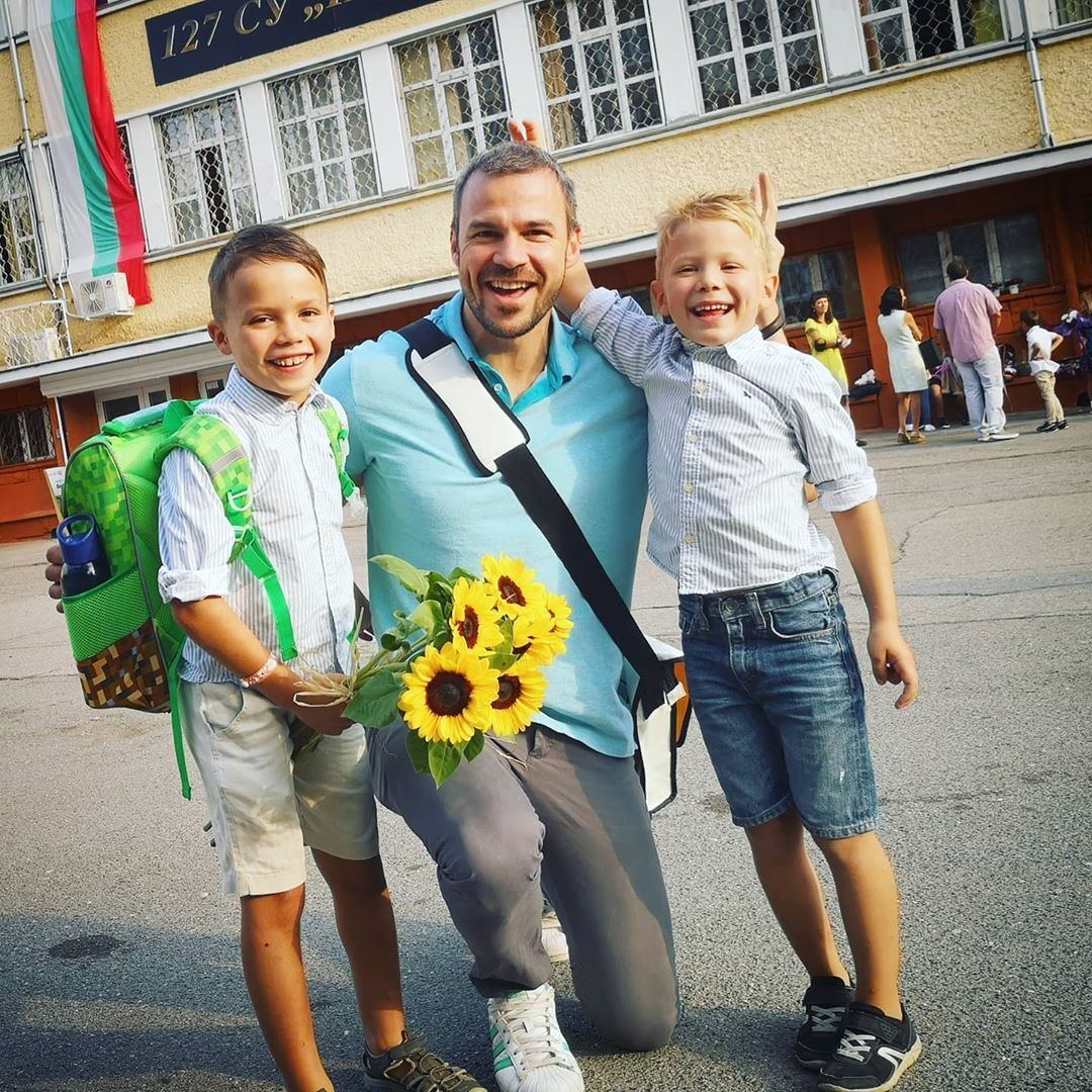 Ивайло Захариев със синовете си Филип и Дамян