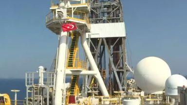 """Турция удължи работата на сондажния кораб """"Явуз"""" край Кипър до октомври"""
