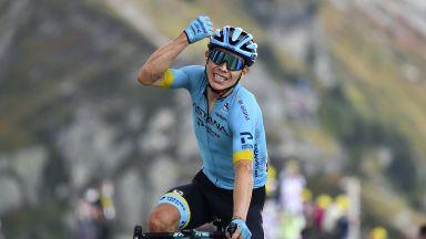 """Супермен ликува в най-трудния етап на """"Тур дьо Франс"""" пред погледа на Макрон"""