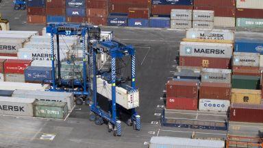 """Външната ни търговия """"боледува"""": БНБ отчете 6,7% спад на износа и 9,7% на вноса"""