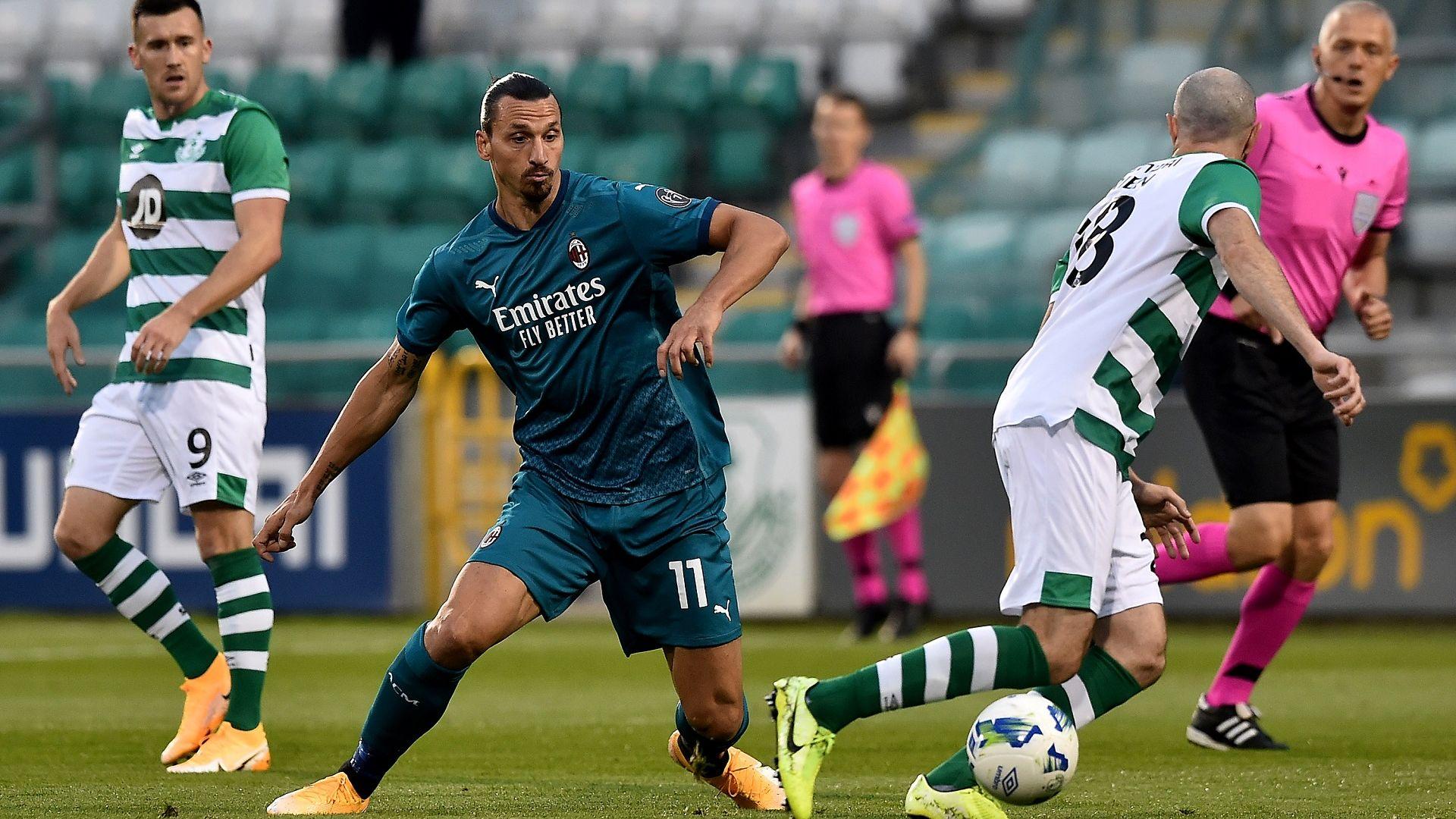 Златан поведе Милан към европоход, а в Сърбия си спретнаха истински трилър (Лига Европа резултати)