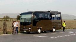 Автобус с военни катастрофира в Шуменско, двама са в болница