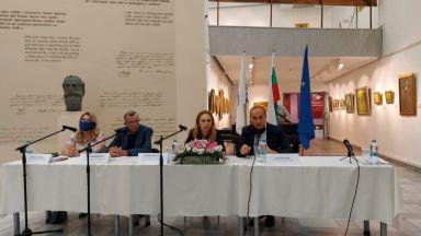 Марияна Николова похвали Кюстендил и дестинациите за здравен туризъм
