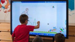 Дигитализацията на образованието – мисията е възможна