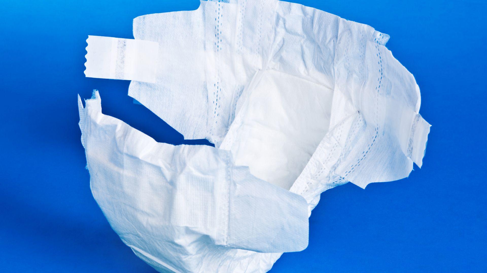 Не сушете маските в микровълновата и не ги правете от памперс!