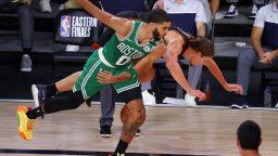 Бостън отвърна на удара, ЛеБрон се ядоса на колегите си за изпусната награда