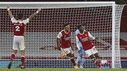 Късен гол зарадва Арсенал в тежко лондонско дерби (Видео)