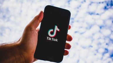 Има сделка за ТикТок в САЩ, отлагат свалянето на приложението