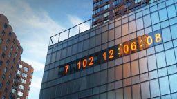 Огромен часовник в Ню Йорк отброява времето до климатичния апокалипсис